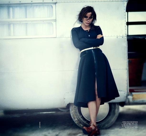 Victoria-Beckham-Vogue-Australia-4
