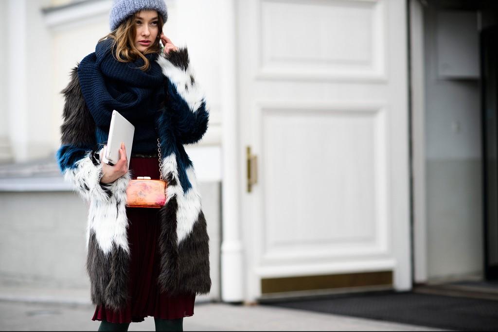 street-style-winter-scarves_07
